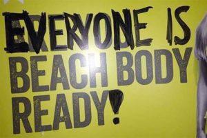 reazioni alla campagna are you beach body ready di protein world