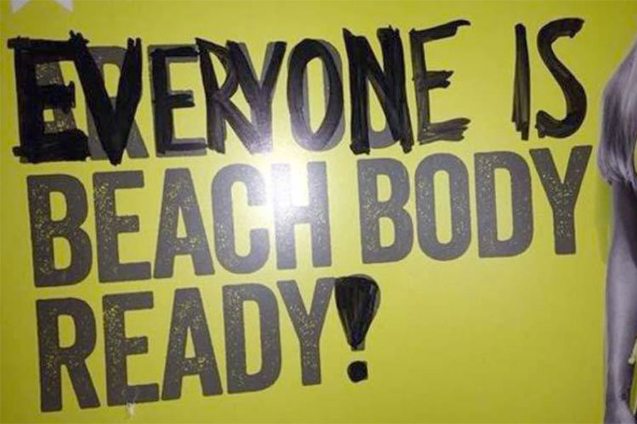 reazioni alla campagna are you beach body ready di protein world